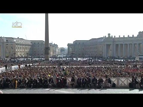 Audience générale du 1er avril 2015
