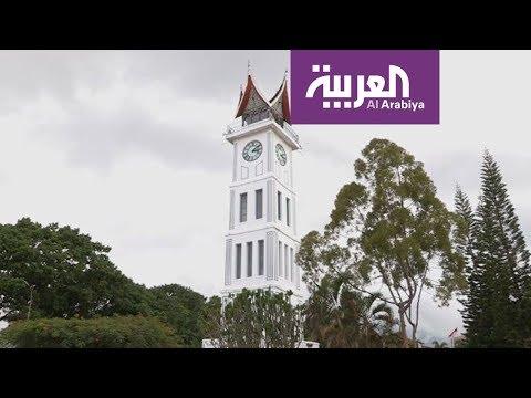 العرب اليوم - شاهد: جولة مثيرة حول برج ساعة