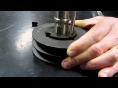 Inserire e rimuovere una bussola conica in una puleggia