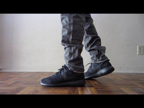 """Nike Roshe All Black On Feet """"Blackout"""""""
