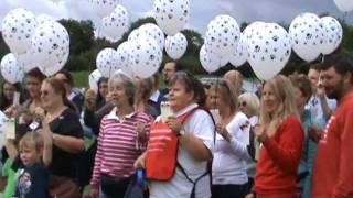 Labrador Rescue South East & Central Dogs Party 2011 (Balloon Race)