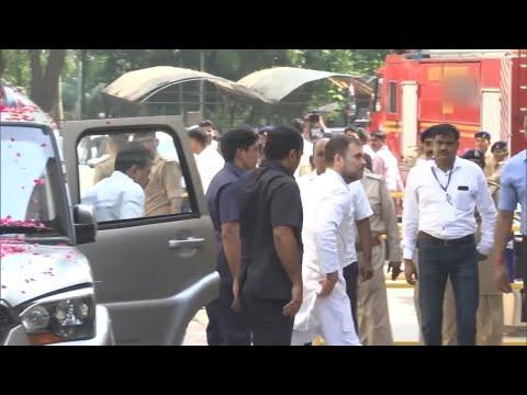 राहुल गांधी pleads के लिए दोषी और नहीं # 39; मोदी उपनाम & # 39 साझा करने चोरों; टिप्पणी