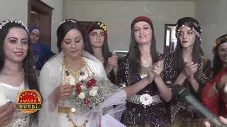 Koma Gel - Hozan Menice Kendi Düğününde Şarkılar Söylüyor