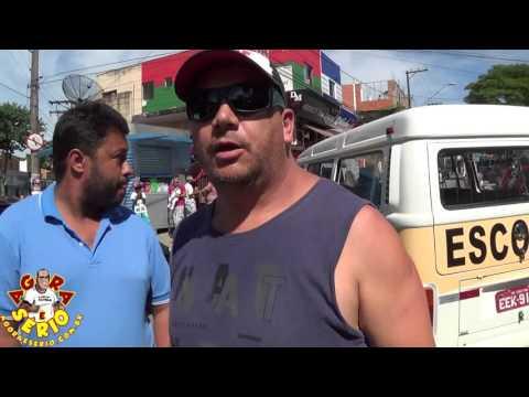 Vereador China negocia com Perueiros para liberar Avenida Jk de Oliveira e fala com o Prefeito Francisco Junior pelo Celular
