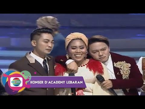 Download Semua Meneteskan Air Mata!! Surprise Kedatangan Evi DA di Konser DA Lebaran HD Mp4 3GP Video and MP3