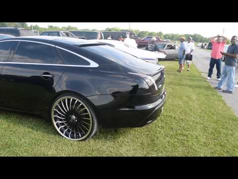 "Jaguar XJL On 24"" Lexani Wheels @ 2015 South Invades The North"