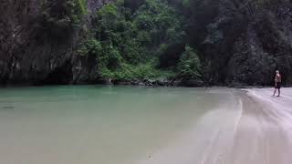 preview picture of video 'Koh Mook Emerald Caves, Thailand'