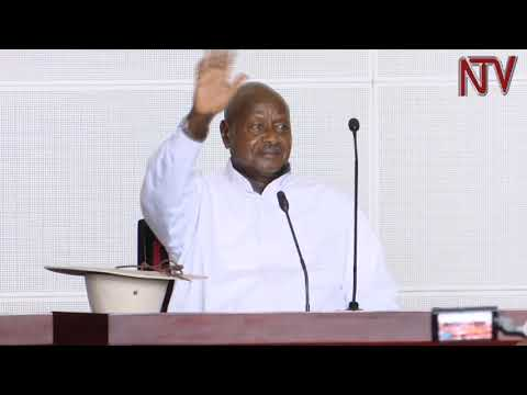 President Museveni gives UGX 17bn to youths