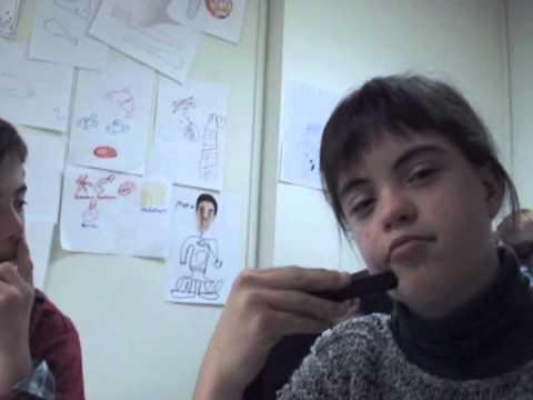Ver vídeoSíndrome de Down: Cómo se diseña un logotipo solidario