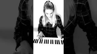 Brittany Santacroce - Te Confieso