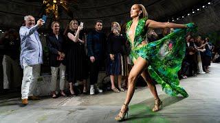 Versace Women's Spring-Summer 2020   Fashion Show