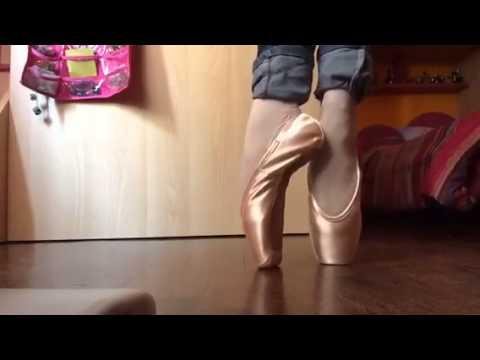 Pietra dietro piede