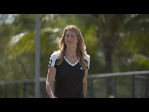Steffi Graf: 'I hope Serena breaks grand slam record...