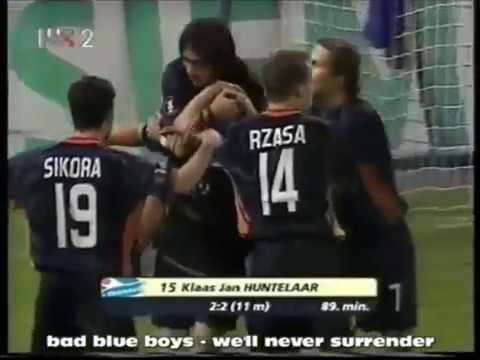 Tongersdei Klassiker: Klaas-Jan Huntelaar vs Dinamo Zagreb (2004)