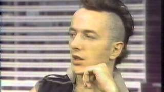 Joe Strummer & Paul Simonon on CBS New York News 1982