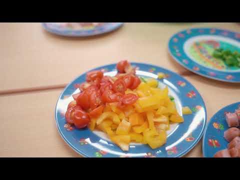 赤羽幼稚園 サマーデイキャンプ 調理実習