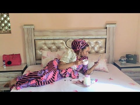 HAUSA BOSS BABE | a very intimate VLOG ~ breakfast in bed & private closet tour 💕