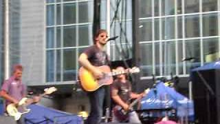 Eric Church - Lotta Boot Left To Fill (2009 CMA Music Fest Block Party)