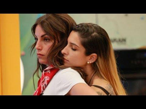 Ragazze in mini video di gonne di sesso