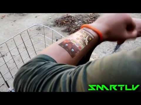 Pulsera que proyecta el movil en la piel