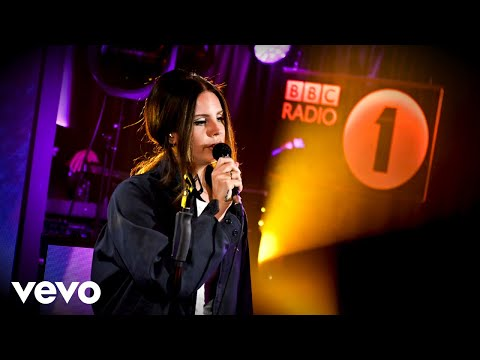 Lana Del Rey - Doin' Time (Sublime cover) in the Live Lounge