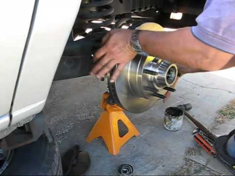 How to Replace Rotors on Ford E150 Van