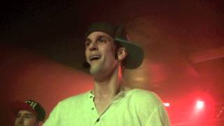 Aaron Carter Performs Leave It Up To Me In Jacksonville, FL