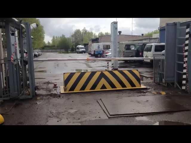 Противотаранный дорожный блокиратор