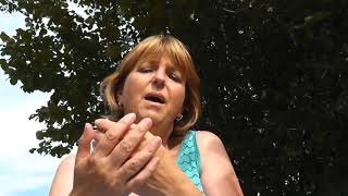 Surround me with Love - Charly McClain Cover - Doris Herrmann