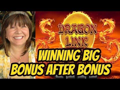 BIG WIN SESSION ON DRAGON LINK SLOT MACHINE-POKIES