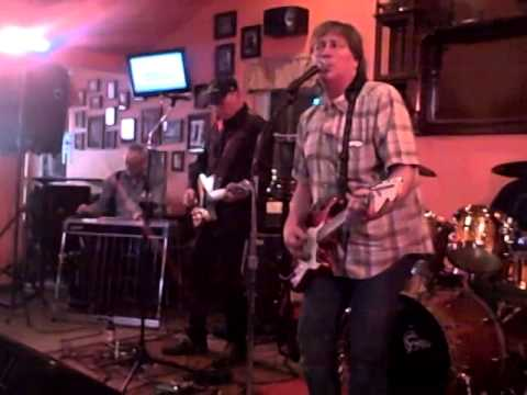 Ripple Played at Chickie Flynns April 2014