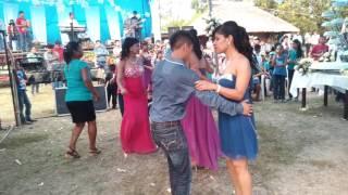 Grupo Distinto musical el tema de la herencia desde cornizuelo Chijolar tantoyuca ver 28/05/16