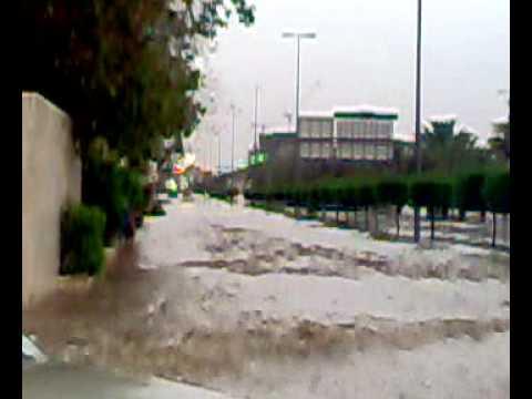 امطار الرياض -طريق الامام سعود  حى المحمدية