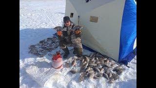 Зимняя рыбалка на озере чаны