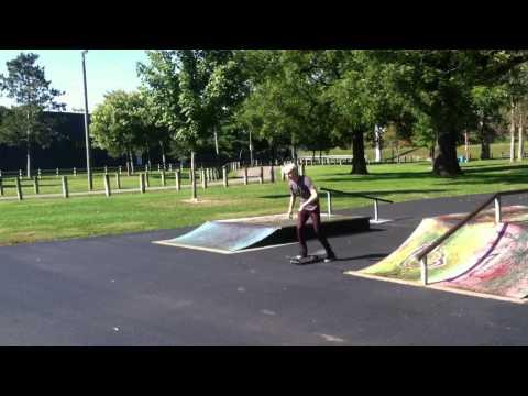 MountVernon Skatepark- back feeble tall quarter