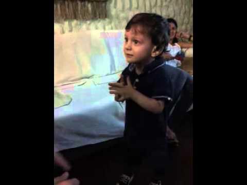 Μπόμπιρας 2 χρονών ξέρει όλες τις πρωτεύουσες του κόσμου!