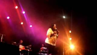 Angie Stone - Here we go again live@Elysée Montmartre (PARIS)