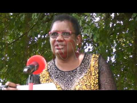 Minister Mbayo cautions Acholi cultural leaders on combating COVID-19