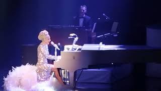 Gambar cover Lady Gaga - 'Born This Way' - Jazz and Piano - Park MGM, Las Vegas - 1/20/19