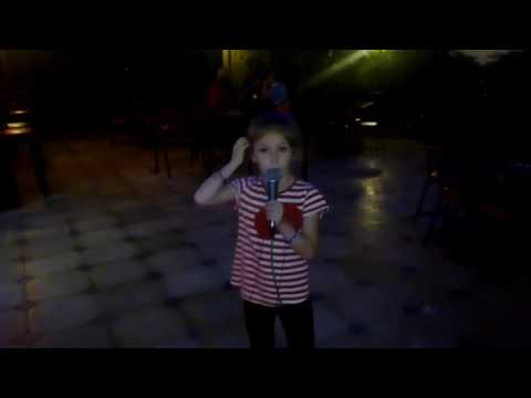 Я хочу, чтобы не было больше войны -  поет Валерия Холоденко, 6 лет