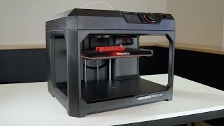 MakerBot | Unboxing the MakerBot Replicator+