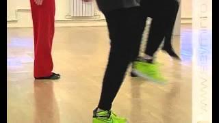 Смотреть онлайн Обучаемся хип хоп танцу в домашних условиях