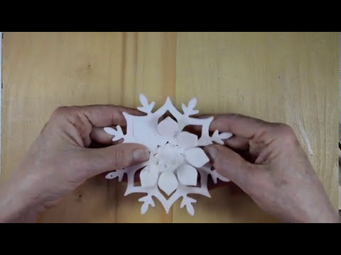 Making Snowflake Ornaments with Brenda Walton