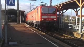 preview picture of video 'BR 143 in Döbeln   (Döbeln Hbf )'
