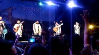 preview picture of video 'Kjarkas - Tiempo al tiempo - 31/10/10 - Fiesta Internacional del Charango - Aiquile-Bolívia'