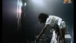 Queen Live At Hammersmith Odeon '75 - Big spender - Jailhouse rock