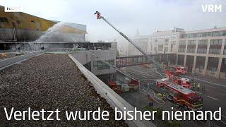 Mainz: Dach Der Rheingoldhalle Brennt