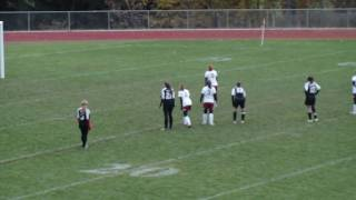 preview picture of video 'Delhi NY Girls Varsity Soccer getting another point'