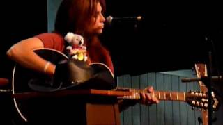 "Terri Clark ""Only One"" & ""What Happens in Vegas (Follows You Home)"" @ The Loveless Barn, 6/8/10"