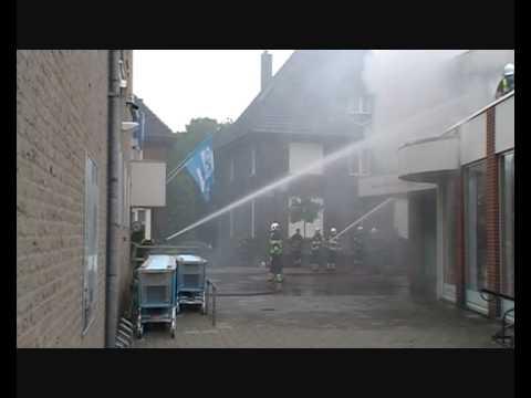 Brand verwoest bovenverdieping En Voyage in Boxmeer
